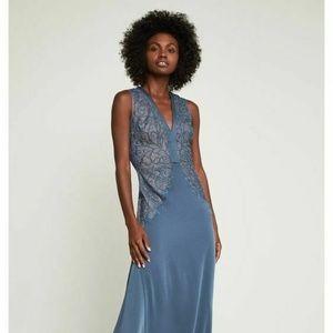NWT $448 BCBG Maxazria Womens Size 6 Lace Gown